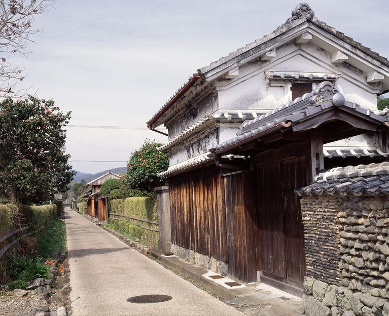 47189048 - doi kuruwa-chu old samurai residences